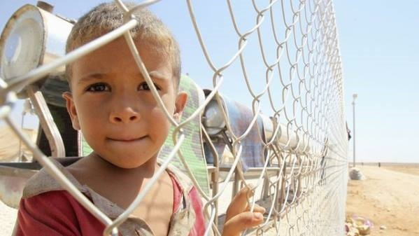 child_on_the_Syrian_border